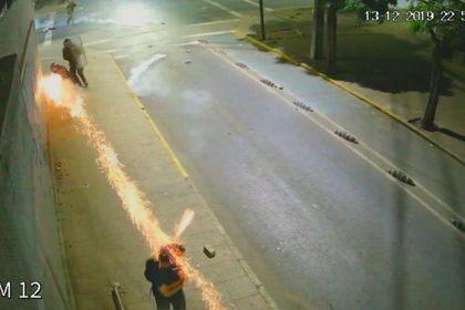 Juzgado condena por homicidio frustrado a carabinero que disparó bomba  lacrimógena a la cabeza de civil en Rancagua - La Tercera
